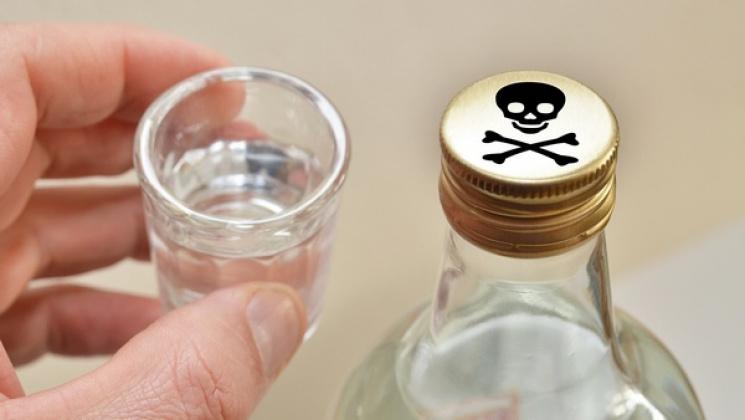 Алкогольный «мор»: харьковский суд амнистировал посредника, продававшего суррогат