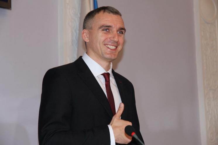 Звільнений депутатами екс-мер Миколаєва отримуватиме допомогу як безробітний