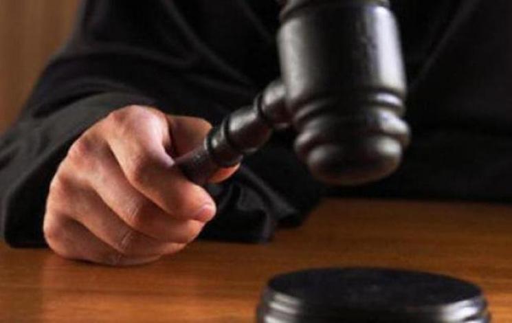 Мешканця Голої Пристані, який через ревнощі вбив співмешканку, заарештували на два місяці
