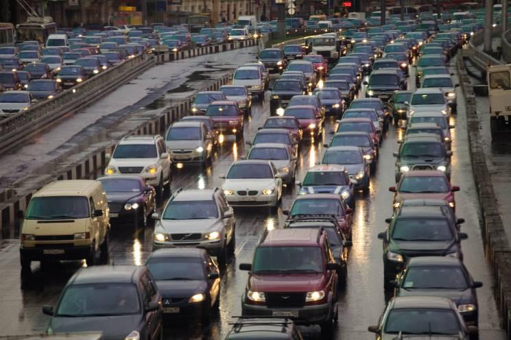 На Росії туристам обіцяють проблеми після відкриття Керченського мосту