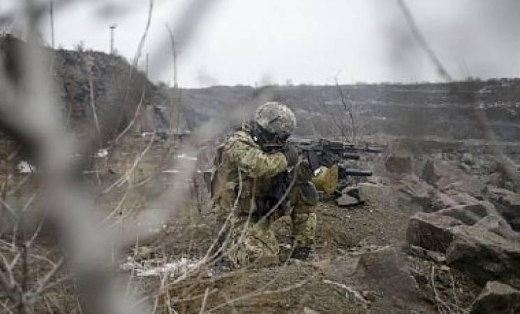 Боевики совершили мощный обстрел позиций украинских бойцов под Водяным— Штаб АТО