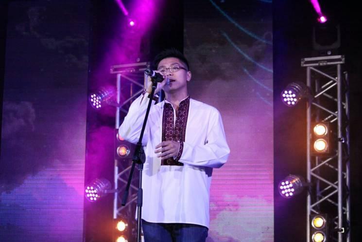 """Співак з В'єтнаму Чан Куок Кхань: """"Те, що я говорю українською, стало для водія шоком року"""""""