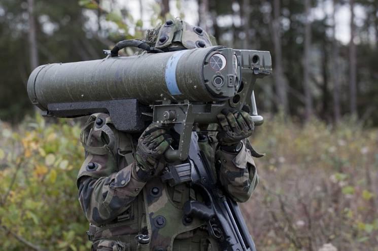 """Малый """"Джавелин"""": Какое оружие Канада будет продавать Украине"""