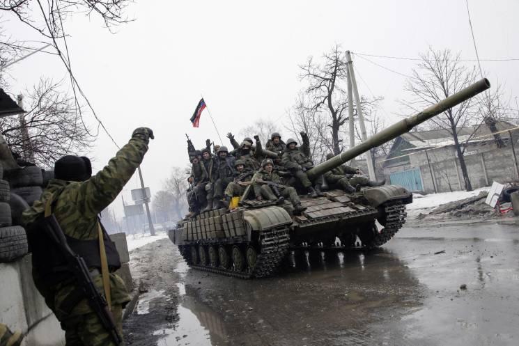 Выходные в АТО. Где боевики применили танк (КАРТА)