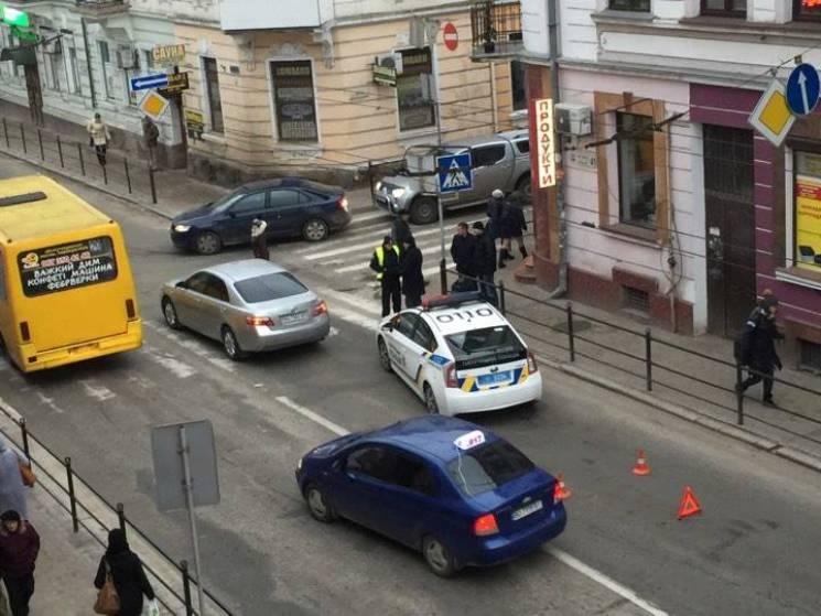 """В Тернополе прокурор сбил ребенка на """"зе…"""