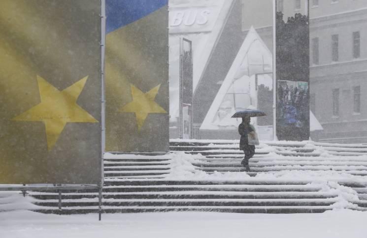 ЕСтребует отУкраины выполнить шесть условий для сохранения действия безвизовых