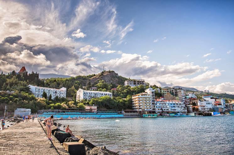 Неменее 5,2 млн туристов посетило Крым всамом начале года