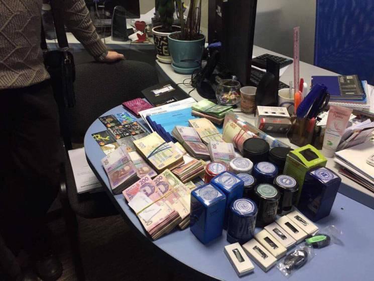 ВЗапорожье обыск: чиновников мэрии подозревают всвязях сДНР