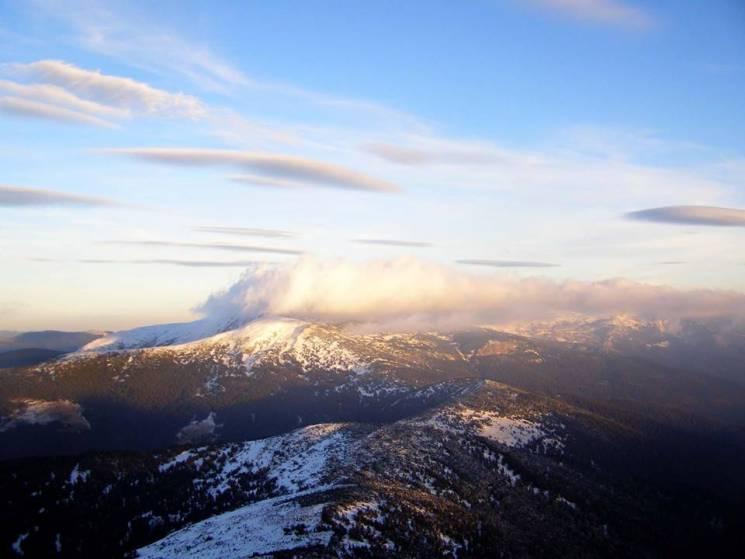 За вражаючими зимовими пейзажами варто йти на Чорногору