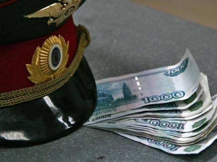 На Кубани полицейский попался на взятке…