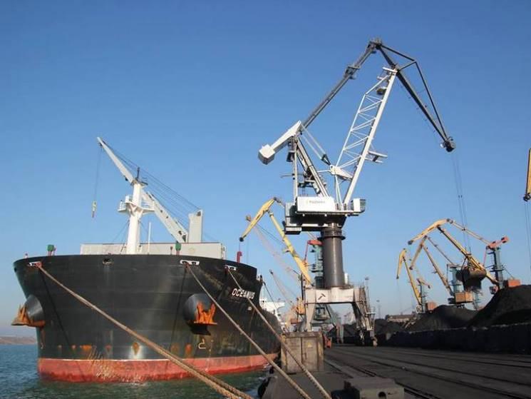 Порт «Южный» принял еще два балкера с134 тыс. тонн угля