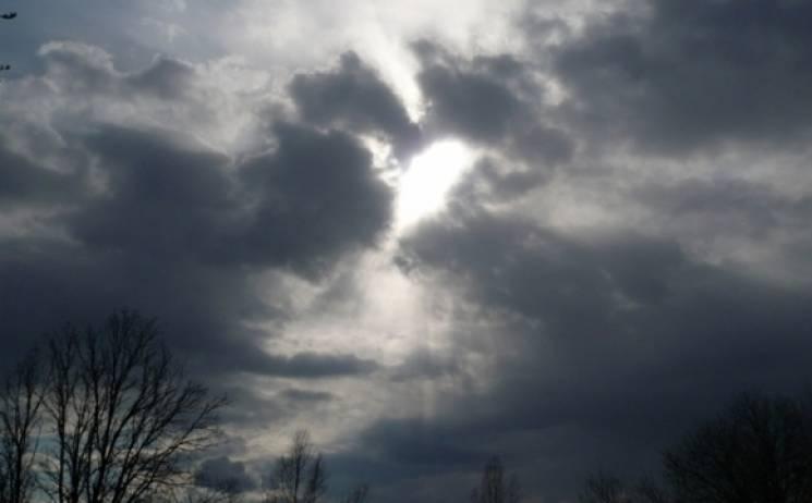 Небо, затягнуте хмарами, весь тиждень нависатиме над Сумами