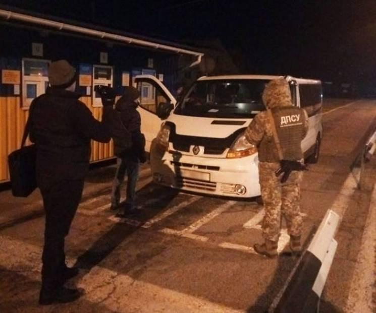 """На Херсонщині """"накрили"""" маршрутників, що Кримом возили пасажирів на Росію (ФОТО)"""