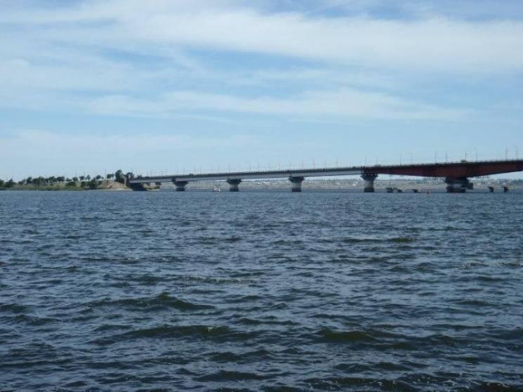 У Миколаєві втретє за тиждень перенесли розводку мостів