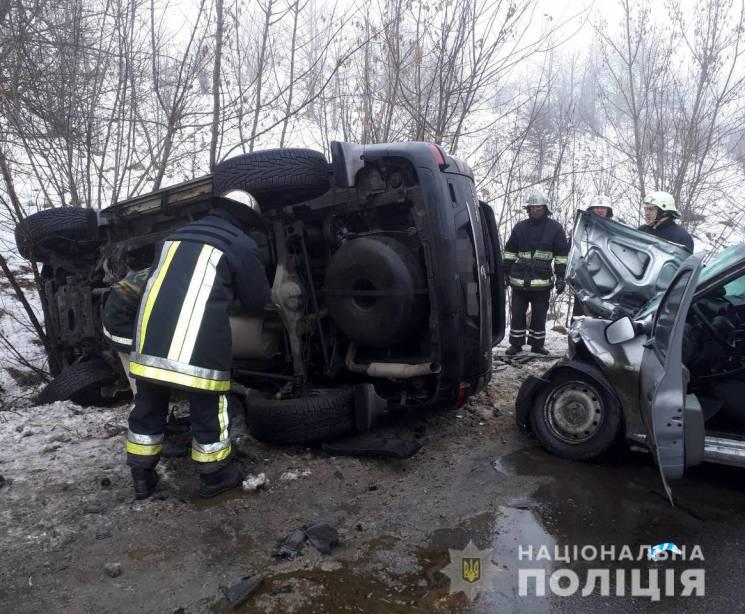 У жахливій ДТП на Вінниччині загинули во…