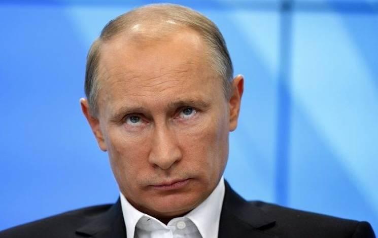 Путін пояснив, чому ігнорує дзвінки Порошенка