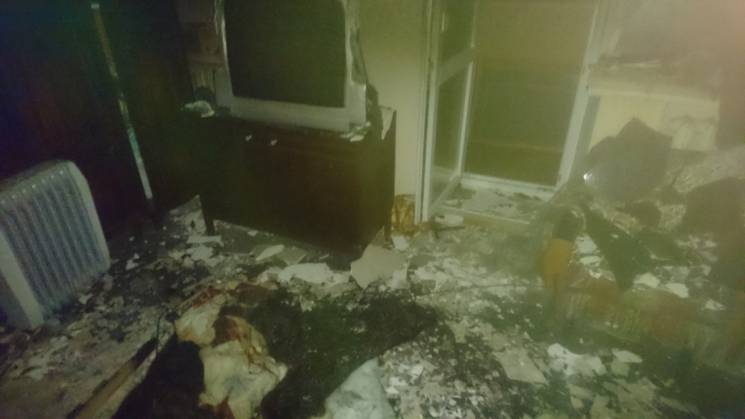 У Херсоні 91-річна бабуся підпалила багатоповерхівку, залишивши включеним обігрівач (ФОТО)