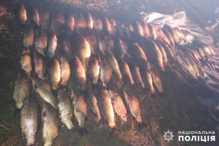 """На Дністровському водосховищі піймали браконьєра, який """"нарибалив"""" на 40 тис. грн (ФОТО)"""
