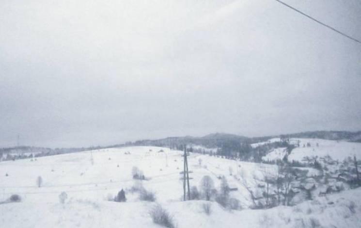 У Карпатах висота снігового покриву досягає 30 см