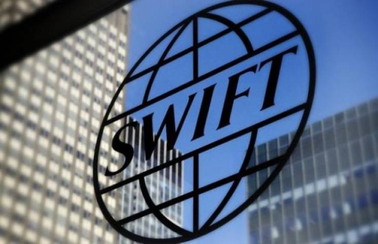 Росію можуть відключити від системи SWIFT за агресію на Азові