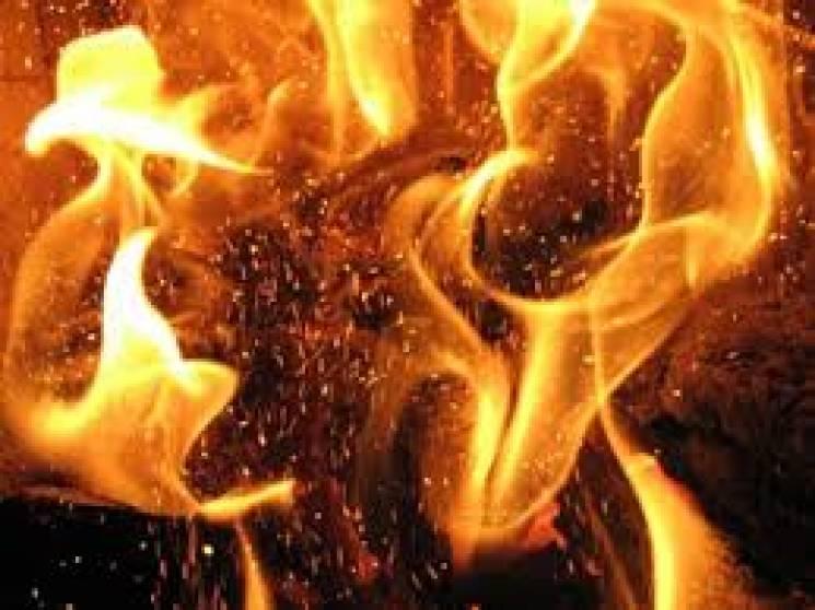 У Тульчині погасили пожежу в приватномі подвір'ї