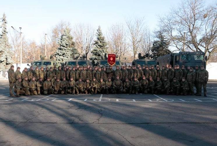 Військова академія та підрозділ Нацгвардії отримали в Одесі відзнаки від мерії (ФОТО)