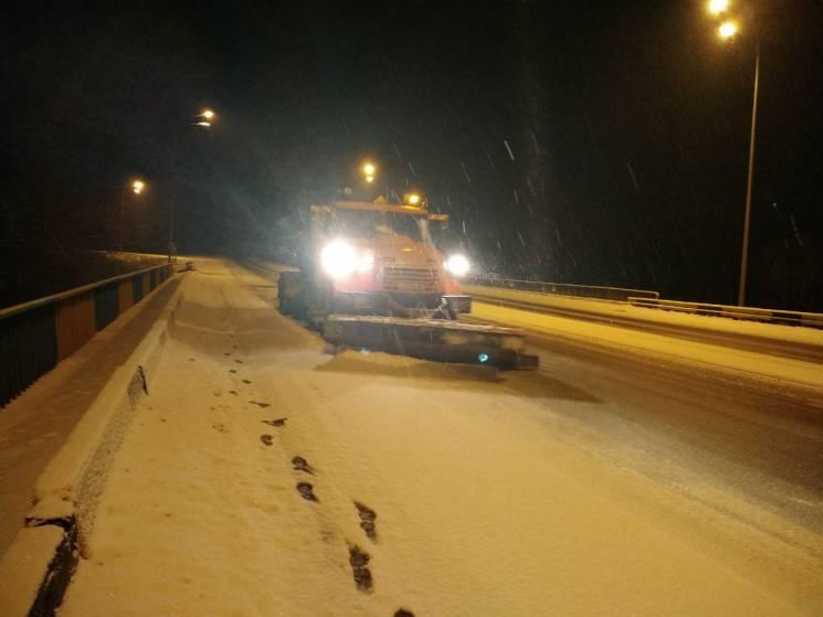 Два райони Харківщини накрив снігопад: За дві години насипало до 7 см (ФОТО)