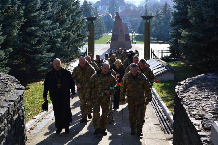 Закарпатці відзначили День Збройних сил України (ФОТО, ВІДЕО)