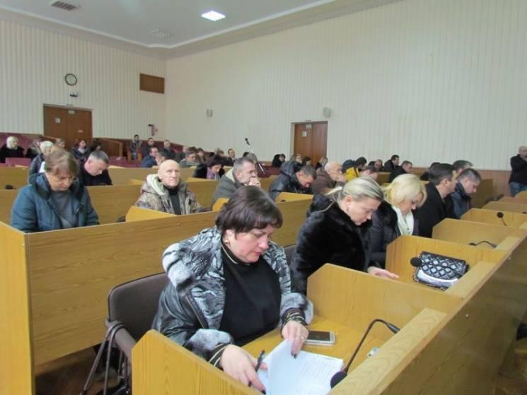 Батькам полоненого шепетівського моряка з Шепетівки міськрада виділила гроші