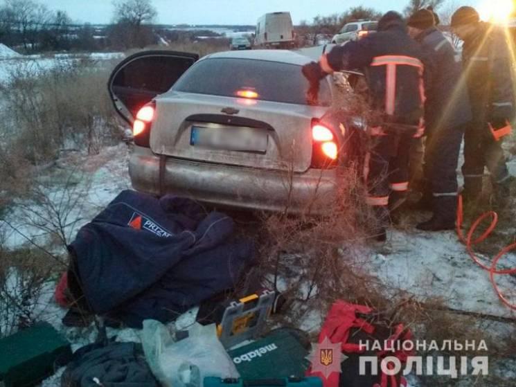 На Полтавщині не розминулись два легковики, є загиблий та постраждалі (ФОТО)