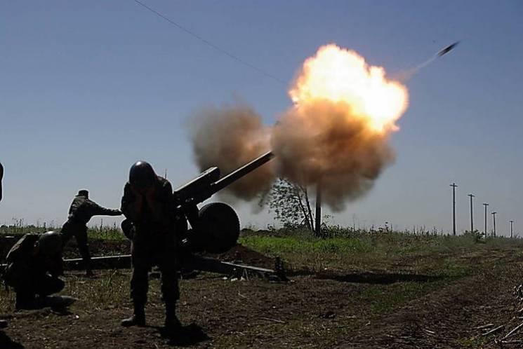 Доба в ООС: Під вечір терористи накривали вогнем Новотошківку