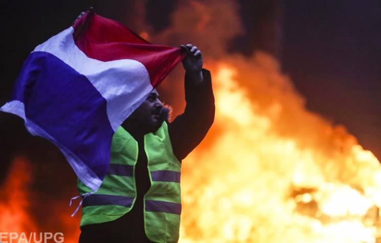 """Соціалізм у Франції: Чому проросійські радикали вкрали """"жовті жилети"""""""