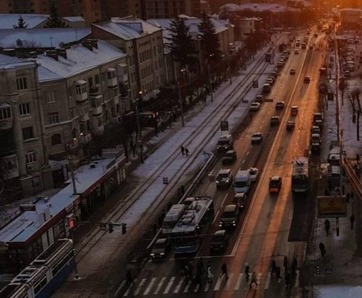 На Замостянській відновлять звичний рух громадського транспорту