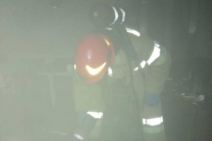 Живий, хоча й отруєнний: На Хмельниччині з вогню витягли чоловіка