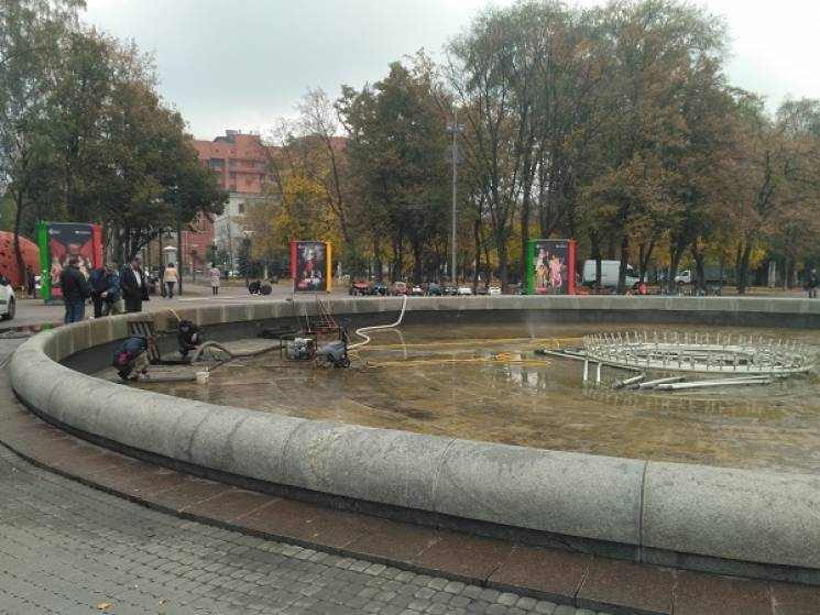 У Дніпрі фонтани візьмуть під цілодобову охорону