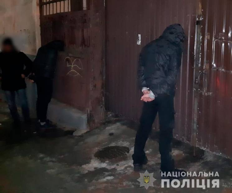 """На Буковині молодики з Луганщини """"розвод…"""