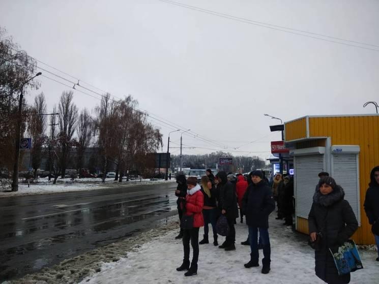 У Полтаві триває страйк перевізників, зр…