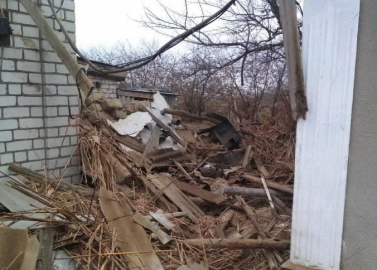 """На Херсонщині розмінували домоволодіння, де на смерть підірвався 23-річний """"металіст"""" (ФОТО)"""