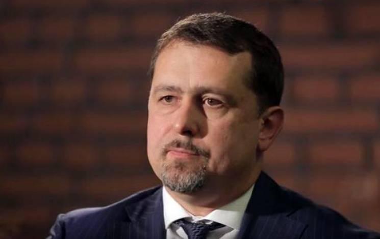 Слабке місце влади: Що Банкова має робити з Семочком