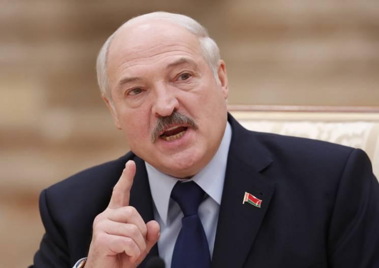 Останній бій Лукашенка з Путіним: Як Білорусі дожити до весни