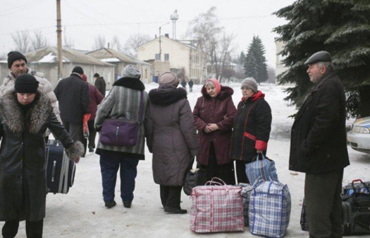 Дебальцеве готують до повної евакуації. Волонтери просять про допомогу