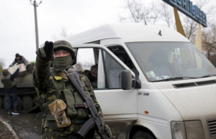 В «ЛНР» обвинили Киев в хитроумном плане по выходу из Дебальцево