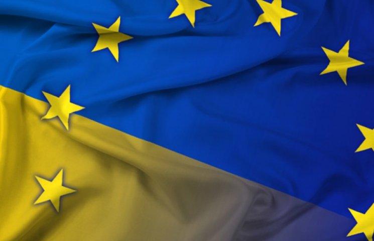 Порошенко: Україна і ЄС в Мінську виступлять з єдиною позицією щодо припинення вогню