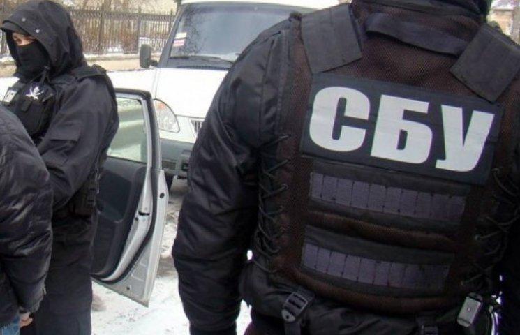 Порошенко: СБУ «взяла за одне місце» 19 критиків мобілізації
