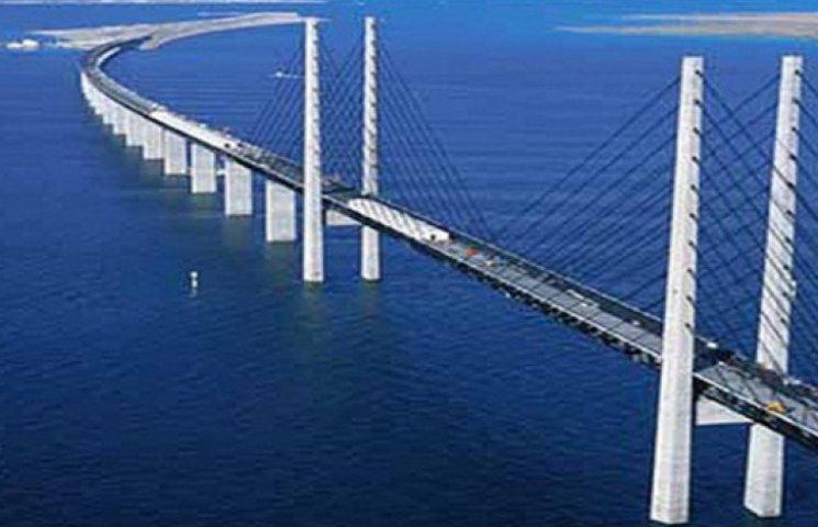 Оккупанты намерены построить Керченский мост до июля 2019 года