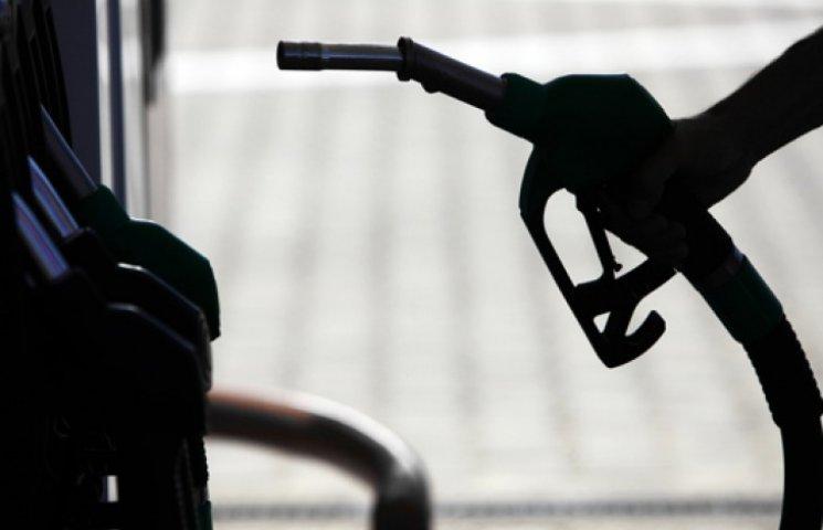 Бензин рискует подорожать до 27 грн/л