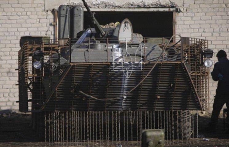 Україна не відведе техніку в односторонньому порядку і чекає проблем з Дебальцевим