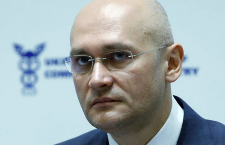 В Днепропетровске втихаря закрыли дело против главы облсовета за сбор «титушек»