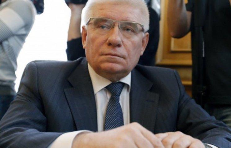 Чечетову объявлено подозрение за «диктаторские законы»