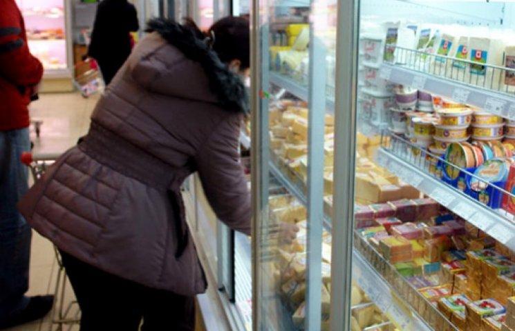 У київських супермаркетах розповіли про обмеження на продаж продуктів